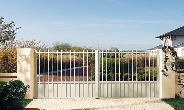 portail-aluminium-classique-1